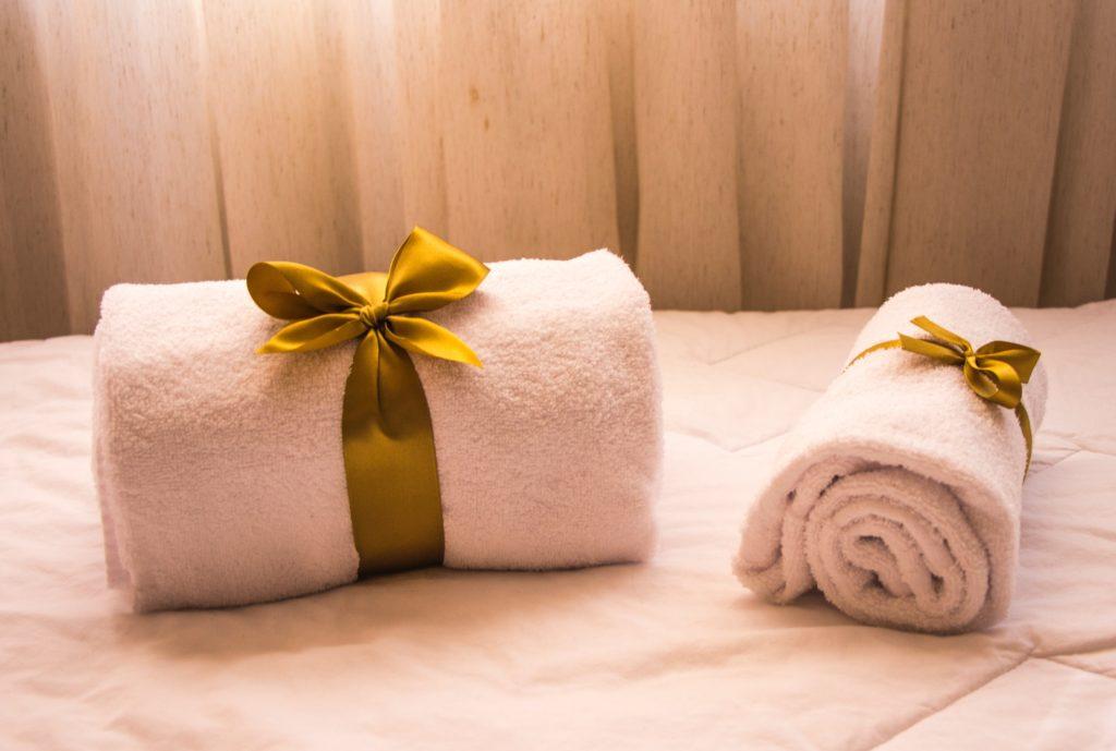 Handtücher mit Schleifen